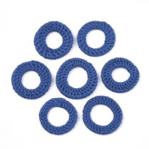 Sötét kék kézzel készült rattan medál