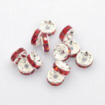 10db ezüst színű piros strasszos köztes (8x4mm)