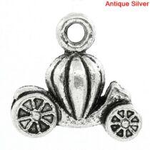 Antikolt ezüst színű tökhintó fityegő