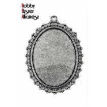 Antikolt ezüst színű pöttyös medálalap (30x40mm)