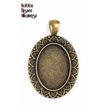 Antikolt bronz színű leveles medálalap (18x25mm)