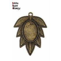 Antikolt bronz színű levél alakú medál (18x25mm)