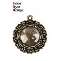 Antikolt bronz színű szíves medálalalp (20mm) hozzátartozó üveglencsével