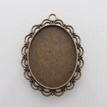 Antikolt bronz színű hullámos medálalap (30x40mm)