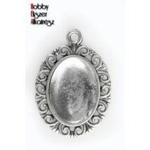 Antikolt ezüst színű hullámos medálalap (13x18mm) hozzátartozó üveglencsével