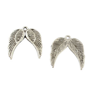 Antikolt ezüst színű dupla szárny fityegő
