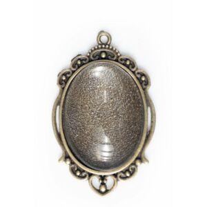 Antikolt bronz színű reneszánsz medálalap (30x40mm) hozzátartozó üveglencsével