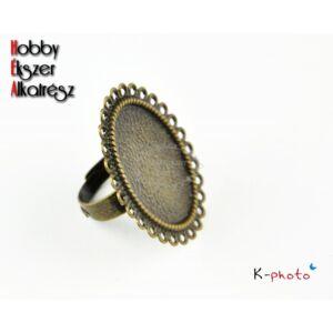 Antikolt bronz színű díszes gyűrűalap (18x25mm)