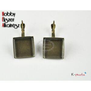 Antikolt bronz színű fülbevalóalap (15x15mm) hozzátartozó üveglencsékkel