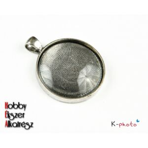 Antikolt ezüst színű kerek medálalap (30mm) hozzátartozó üveglencsével