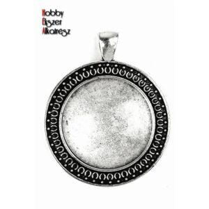 Antikolt ezüst színű díszes medálalap (25mm) hozzátartozó üveglencse