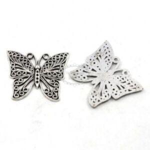 Antikolt ezüst színű pillangó medál