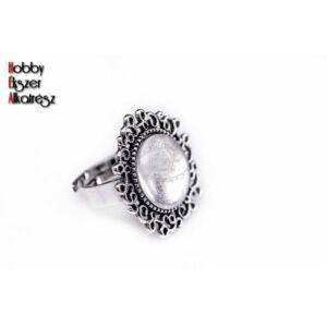 Antikolt ezüst díszített gyűrűalap (14mm) hozzátartózó üveglencsével