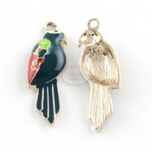 Színes papagáj medál