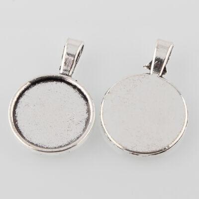 Antikolt ezüst színű sima medálalap (18mm)