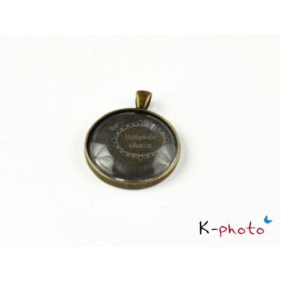 Antikolt bronz színű sima szélű medálalap (35mm) hozzátartozó üveglencsével