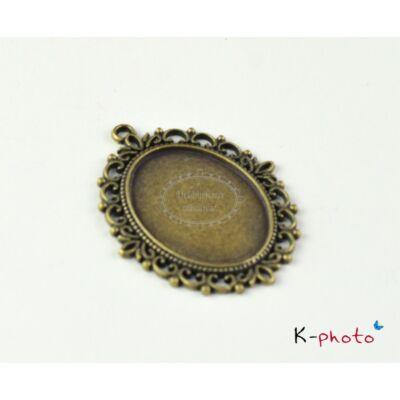 Antikolt bronz színű díszes medálalap (30x40mm)