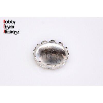 Ezüst színű csipkés medálalap (18mm) hozzátartozó üveglencsével