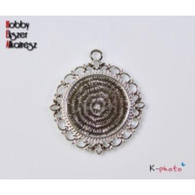 Antikolt ezüst színű díszes medálalap (25mm)