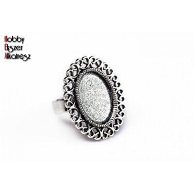 Antikolt ezüst díszített gyűrűalap (13x18mm)