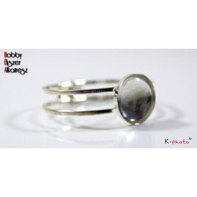 Ezüst színű magas peremű karperecalap (25mm) hozzátartozó üveglencsével