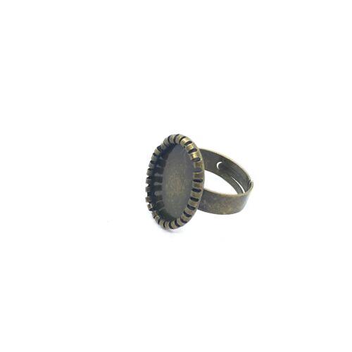 Antikolt bronz színű fogas gyűrűalap (13x18mm)
