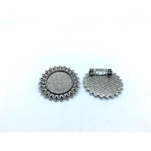Antikolt ezüst színű virágos kitűzőalap (20mm)