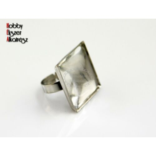 Antik ezüst színű négyzetes gyűrűalap (25x25mm) hozzátartozó üveglencsével