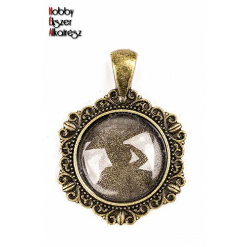 Antikolt bronz színű díszes medálalap (20mm) hozzátartozó üveglencsével