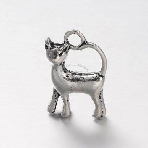 Antikolt ezüst színű cica fityegő