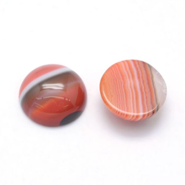 Sávos achát ásványkabochon (12mm)