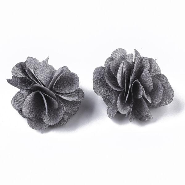 Szürke virág alakú pompon (34mm)