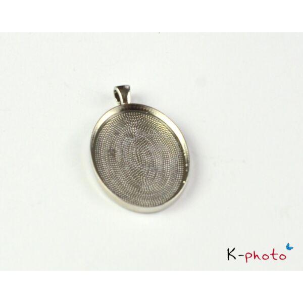 Antikolt ezüst színű sima medálalap (30x40mm)