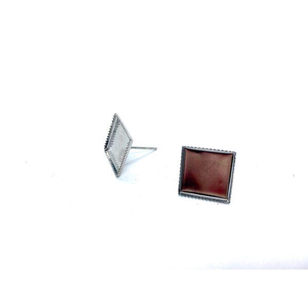 Antikolt ezüst színű négyzet fülbevaló (12x12mm)