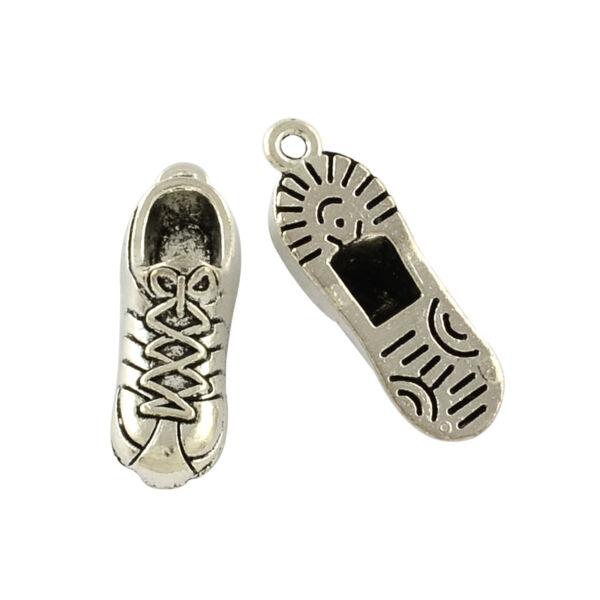 Antikolt ezüst színű torna cipő fityegő