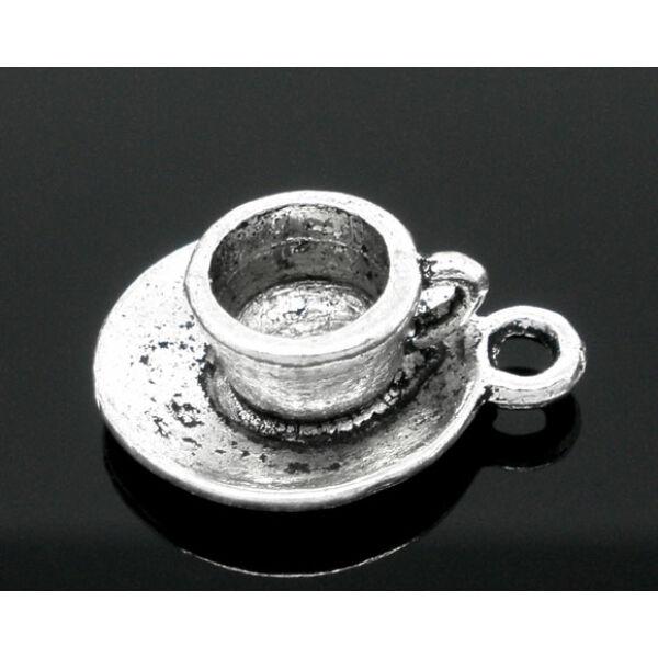 Antikolt ezüst színű kávéscsésze fityegő
