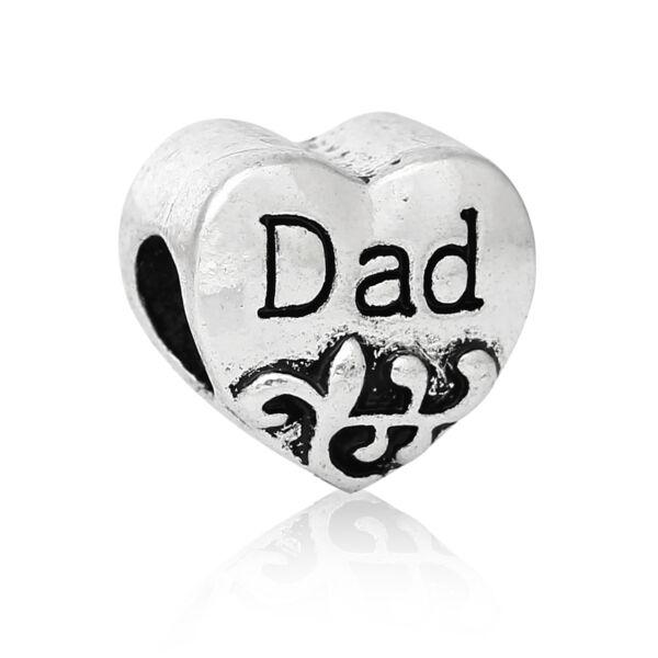 Antikolt ezüst színű szív alakú dad feliratos gyöngy (11x10mm)