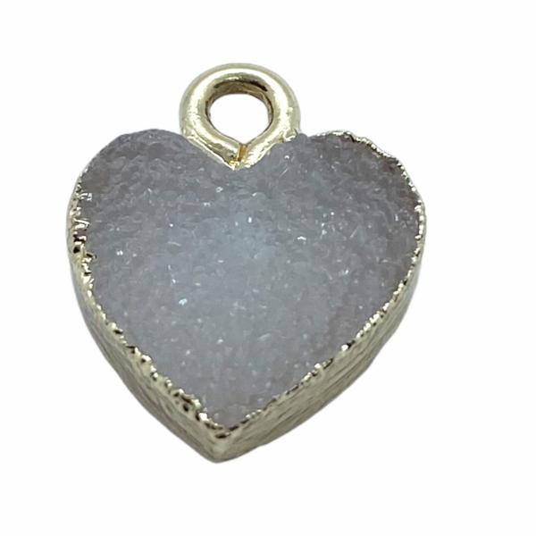 Druzy tört fehér gyanta szív fityegő aranyló részletekkel