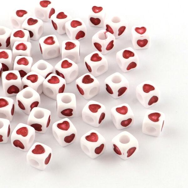 Műanyag szív mintás gyöngy (7mm)