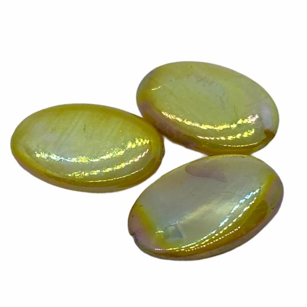 Festett édesvízi gyöngy (18x13mm)