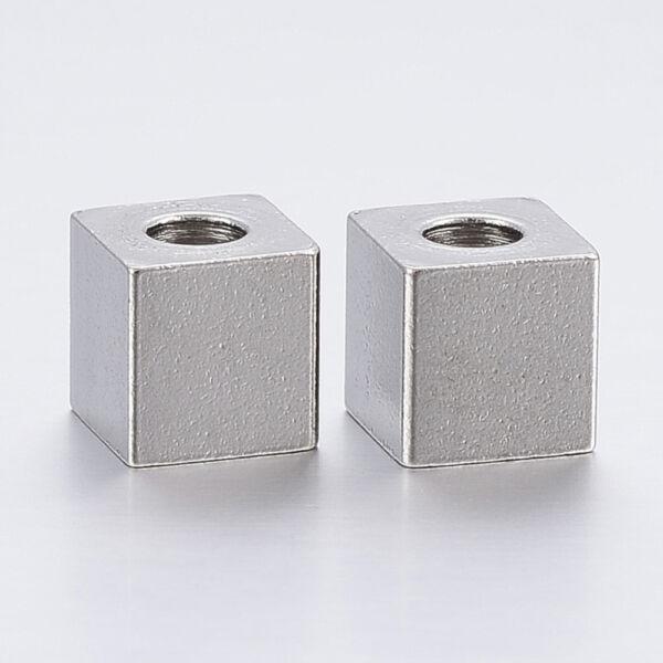 Nemesacél kocka köztes (6x6mm)