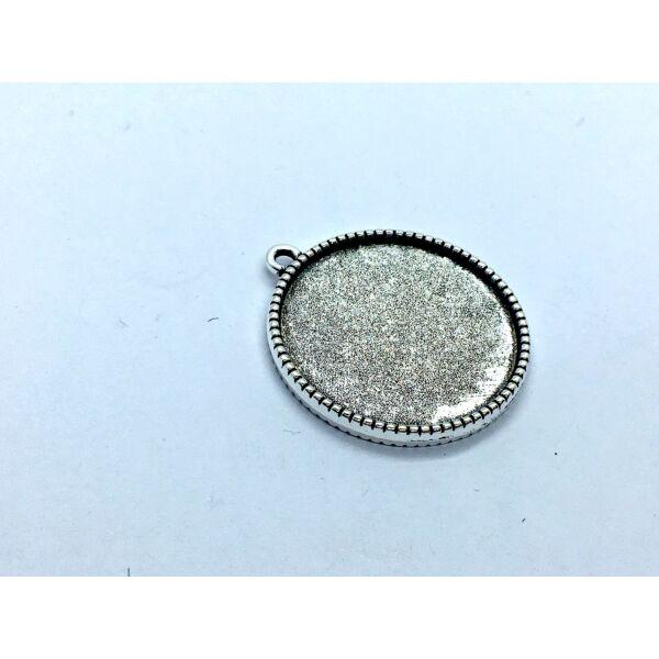 Antikolt ezüst színű dupla oldalú fogazott medálalap (25mm)