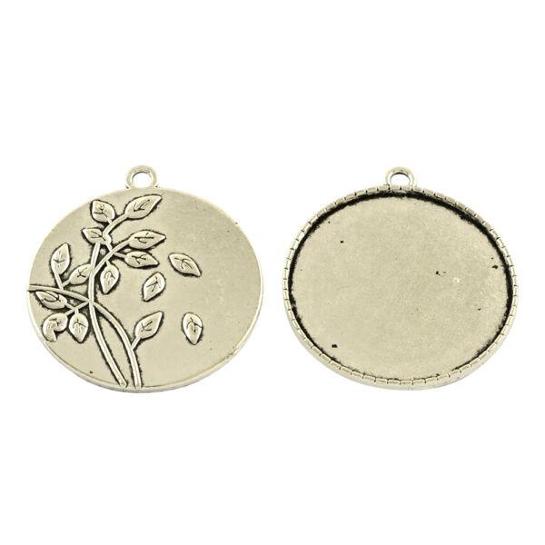 Antikolt ezüst színű virágos hátú medálalap (35mm) hozzá tartozó üveglencsével