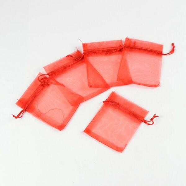 Piros színű organza tasak (9x7cm)