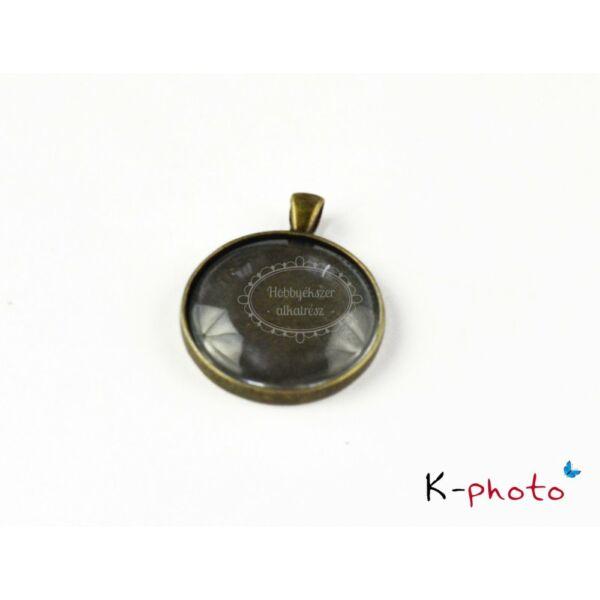 Antikolt bronz színű sima szélű medálalap (40mm) hozzátartozó üveglencsével