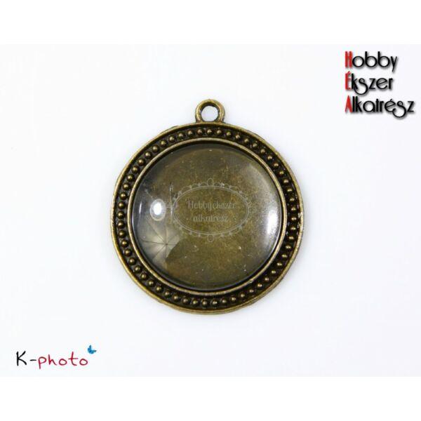 Antikolt bronz színű pöttyös szélű medálalap (30mm) hozzátartozó üveglencsékkel