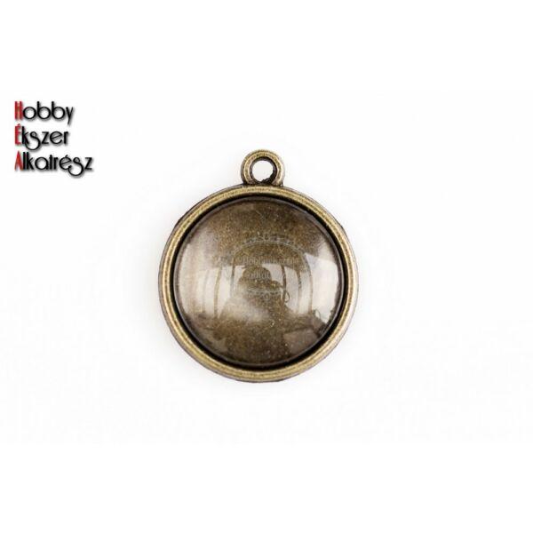 Antikolt bronz sima medálalap (16mm) hozzátartozó üveglencsével