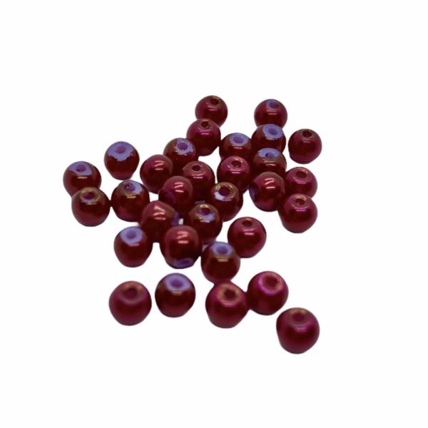 30db Piros tekla üveggyöngy (4mm)