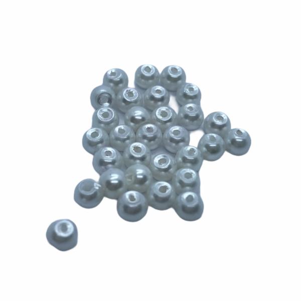 30db Fehér tekla üveggyöngy (4mm)