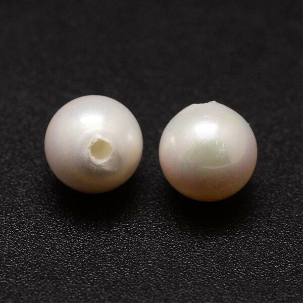 Valódi kagyló gyöngy félig fúrt (6mm)